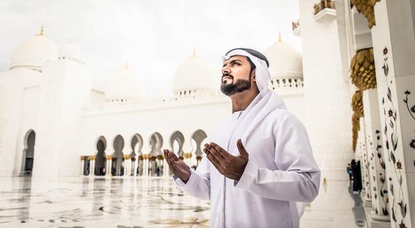 المساجد في الإمارات